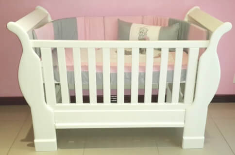 white-sleigh-cot-excludes-linen